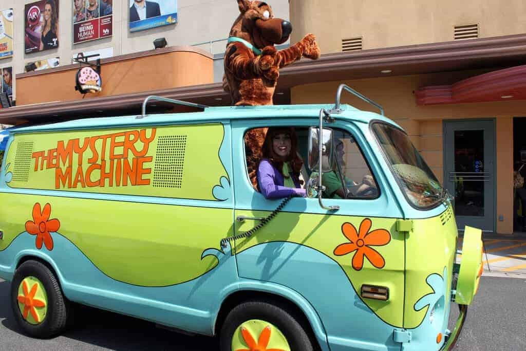 The famous transport of Scooby Doo and the gang.