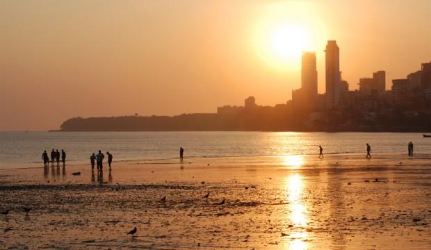 Mumbai has cheap luxury hotels