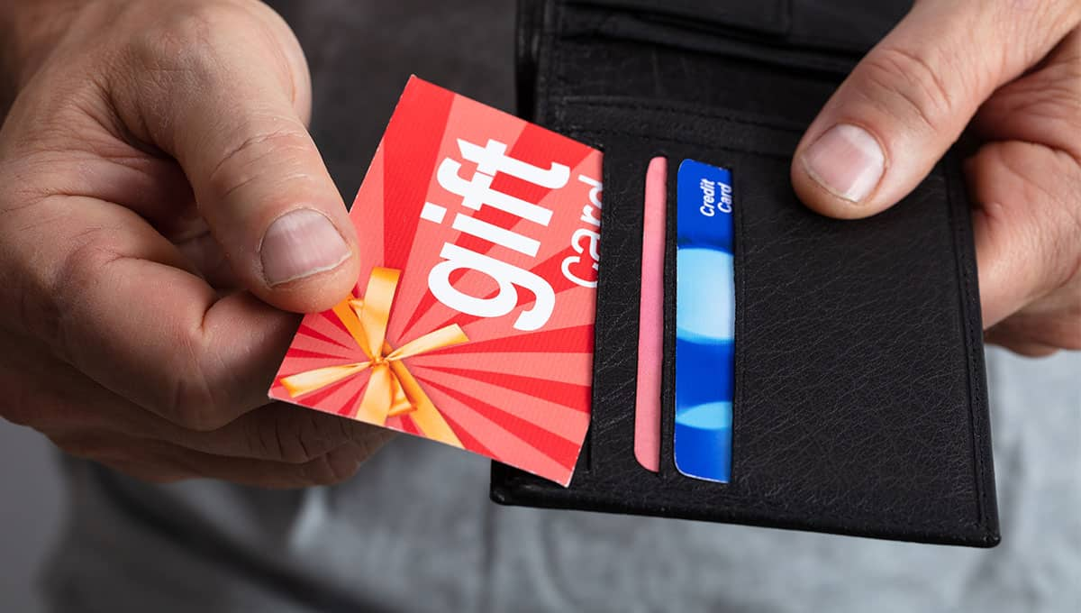 Stash your own prepaid or gift cards