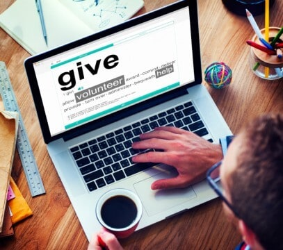 how to use GoFundMe to pay for college