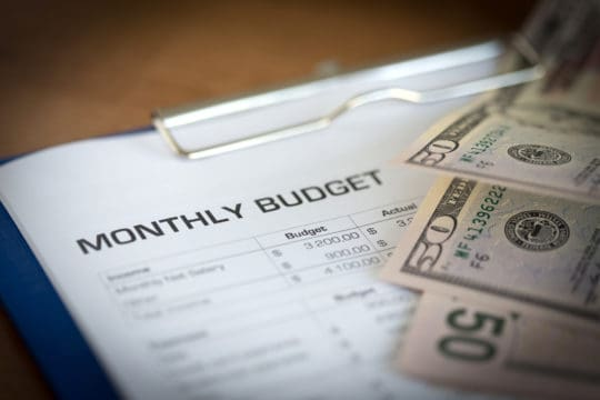Planning a monthly budget with cash
