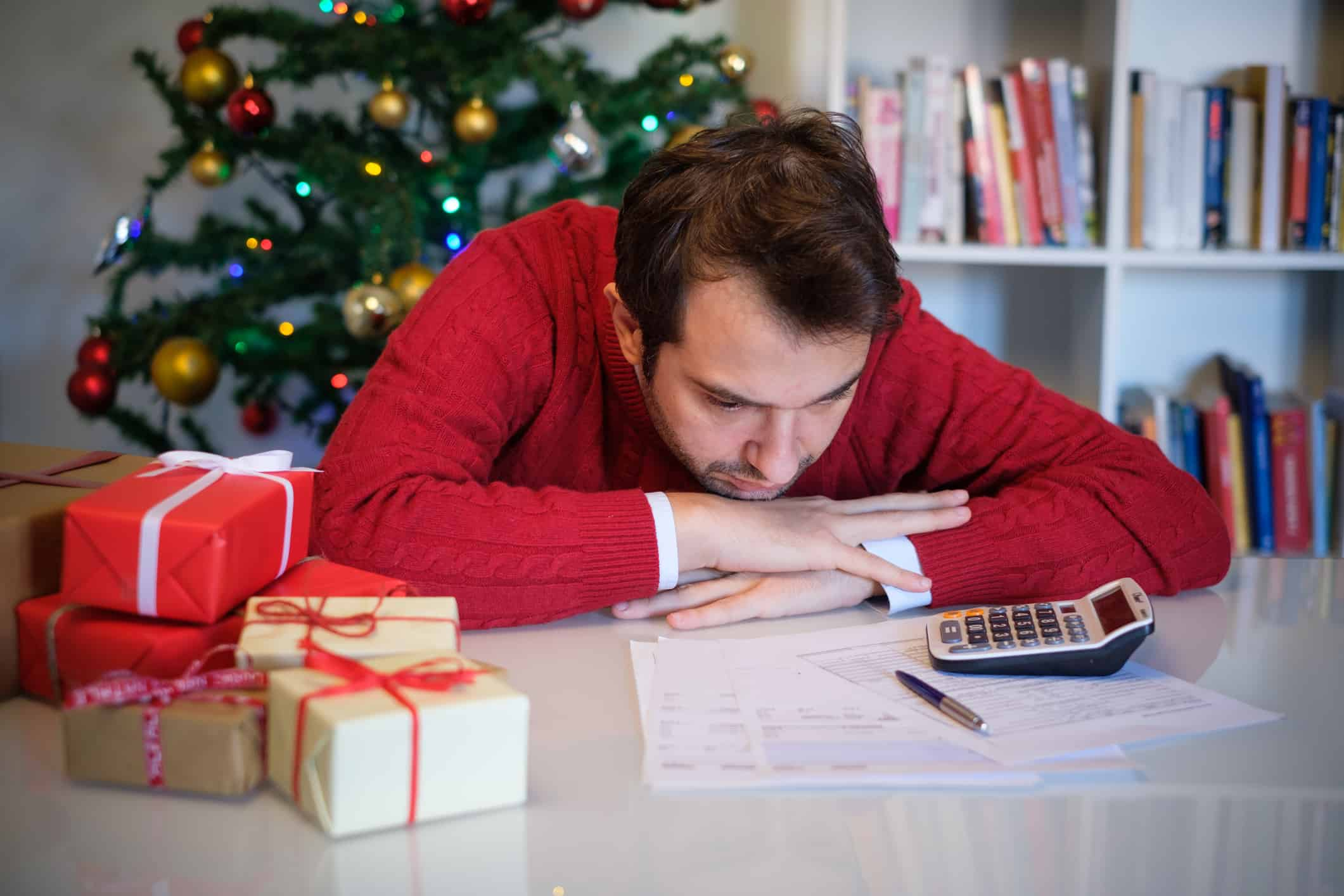 Man who can't afford to buy Christmas gifts