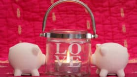 Money-saving ways to celebrate Valentine's Day together