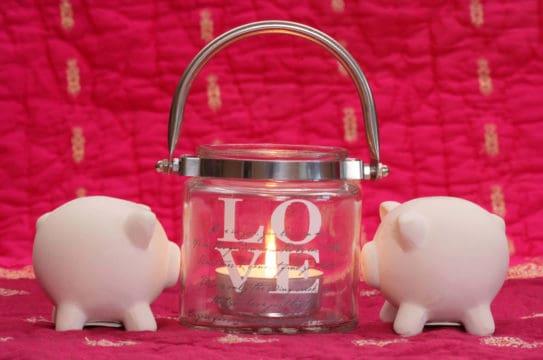 Money-saving ways to celebrate Valentine's Day together