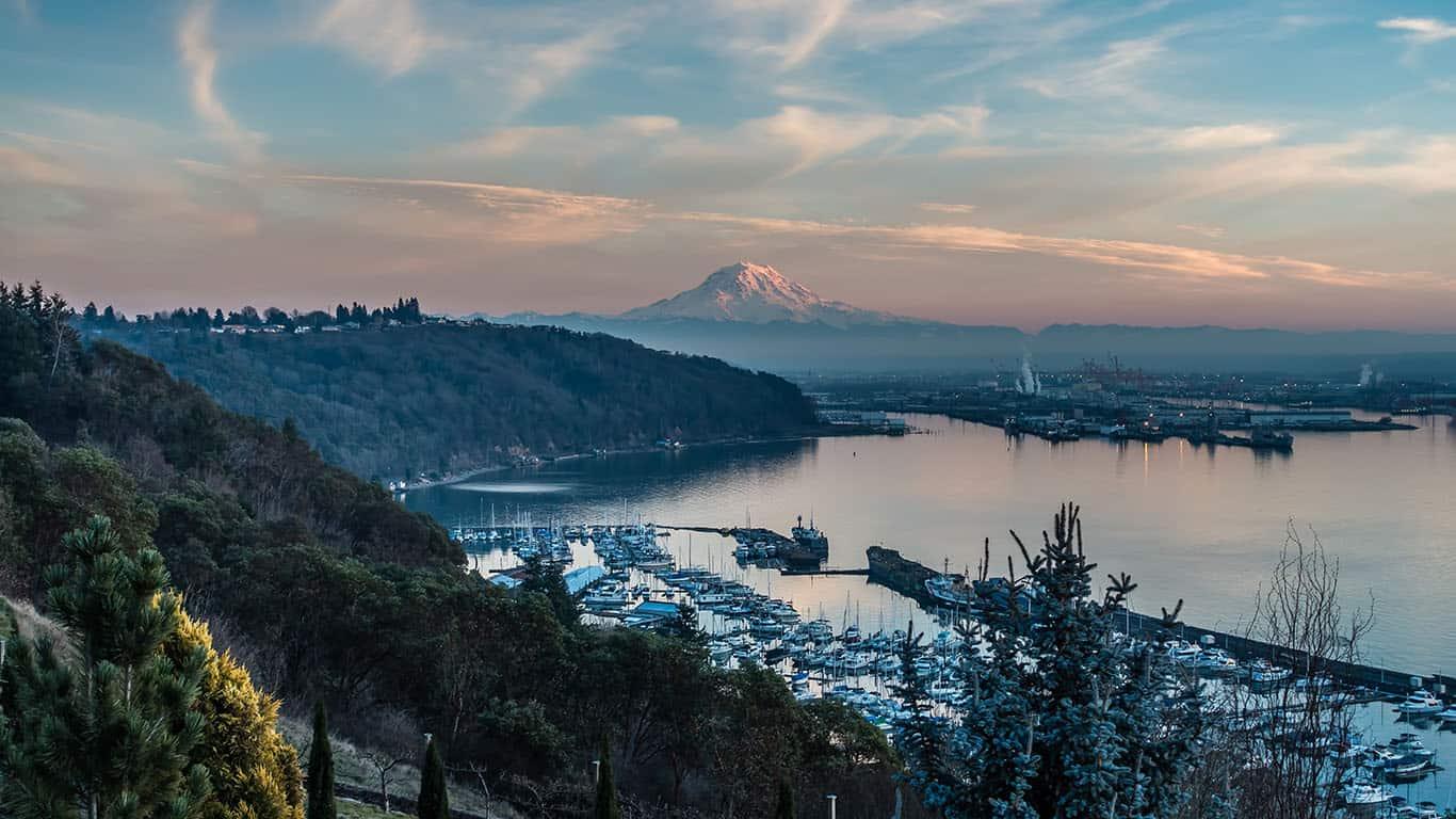 Natural dusk skyline in Washington