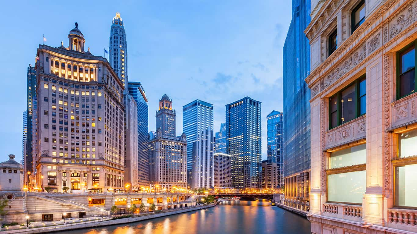 Chicago River and office buildings