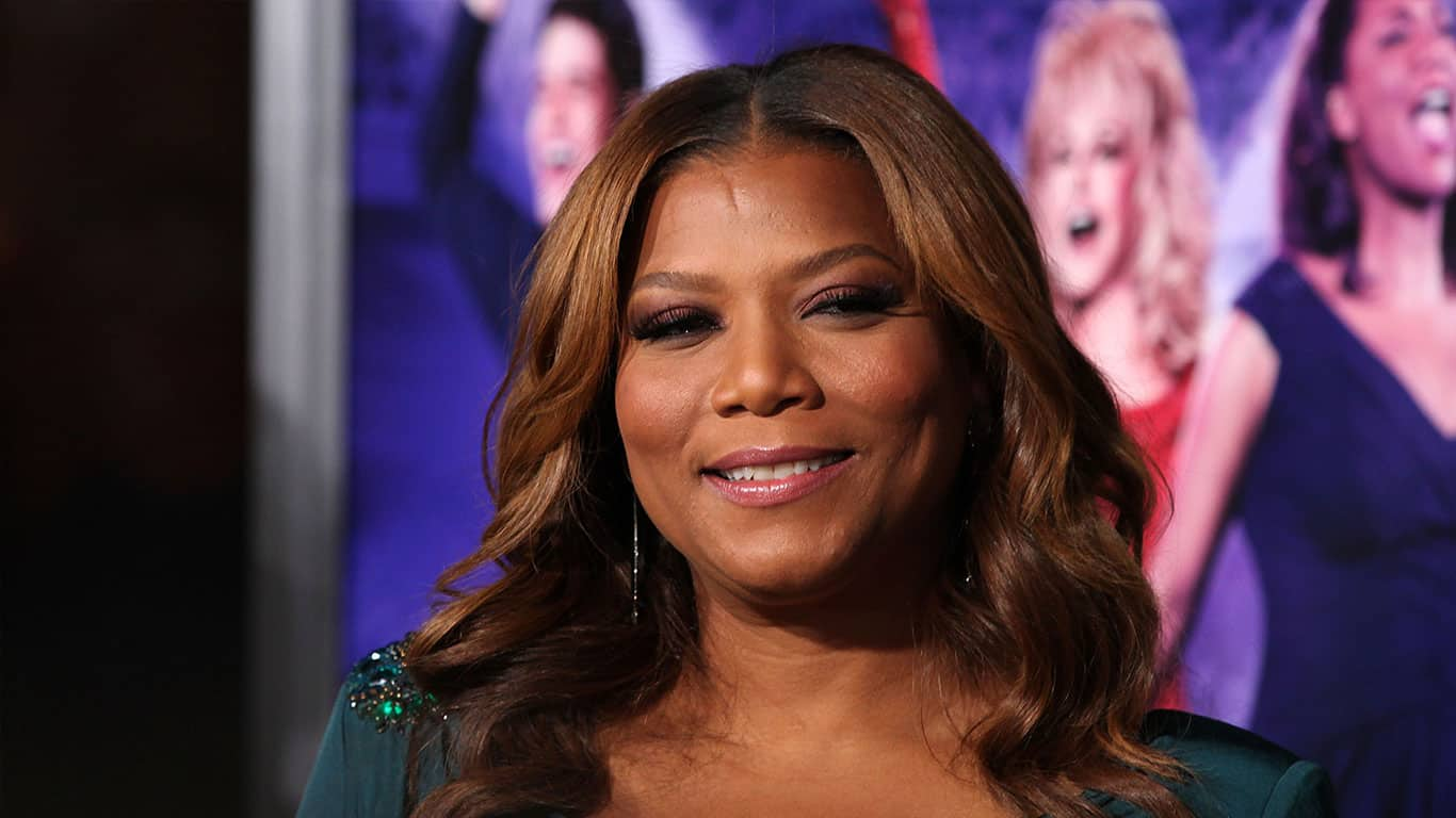 "QUEEN LATIFAH arriving to ""Joyful Noise"" Los Angeles Premeire"