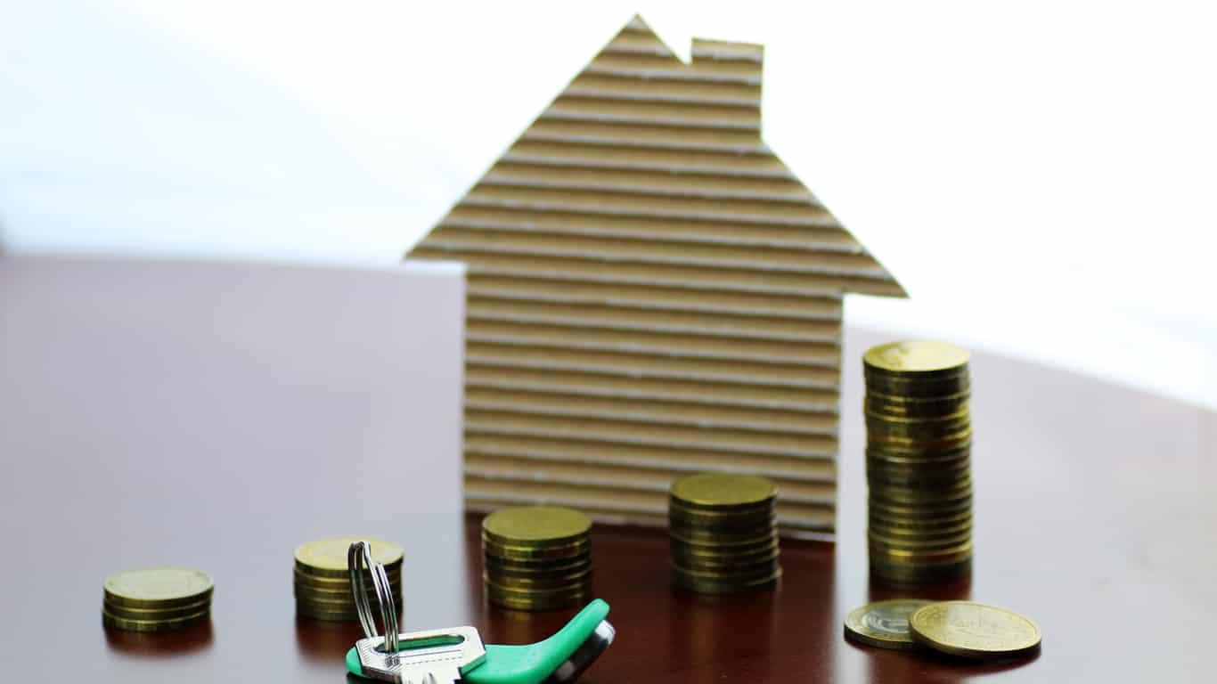 An ascending arrangement of coins for a mortgage repayment plan