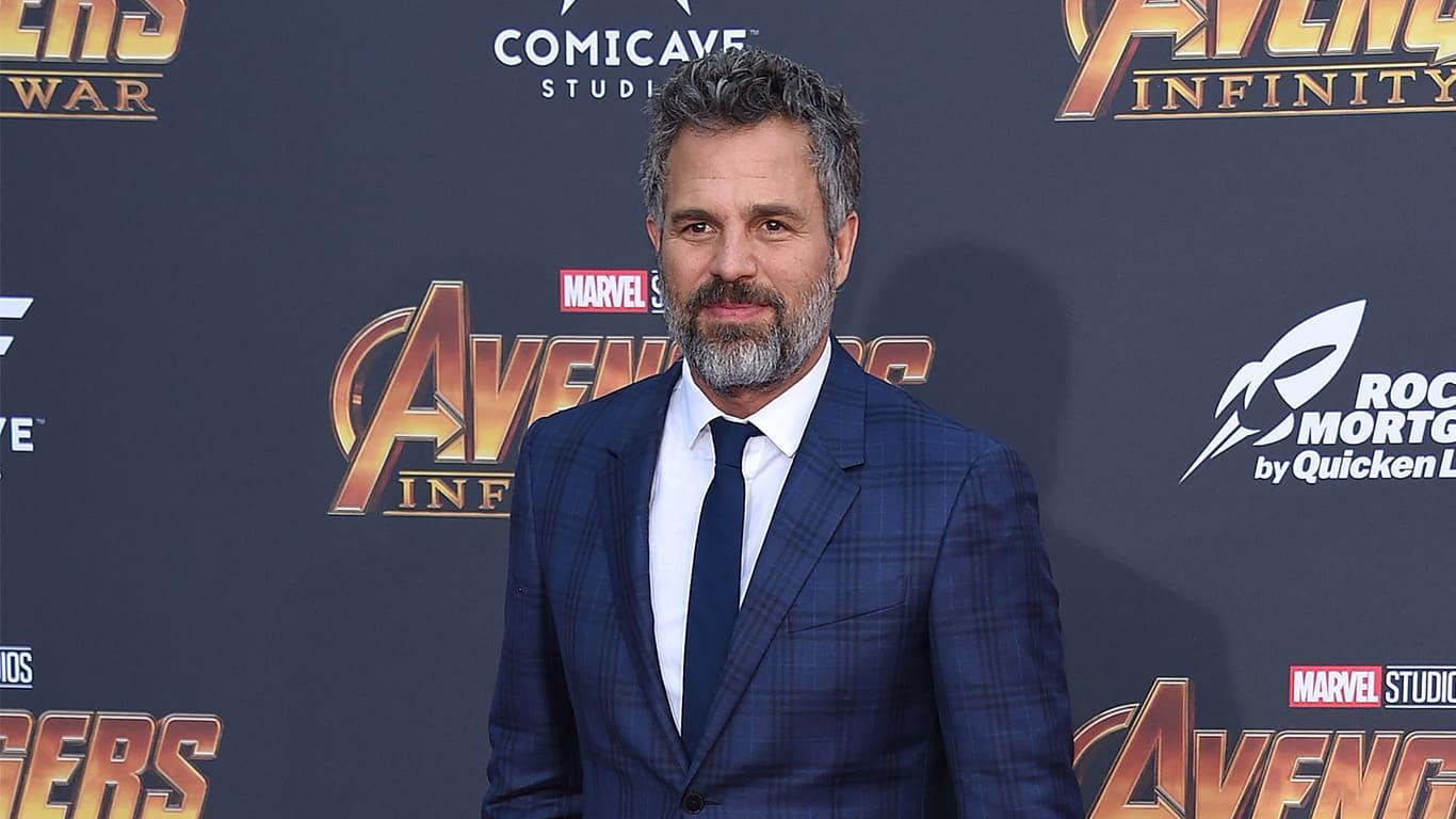 Mark Ruffalo arrives to the Marvel Studios 'Avengers: Infinity War' World Premiere