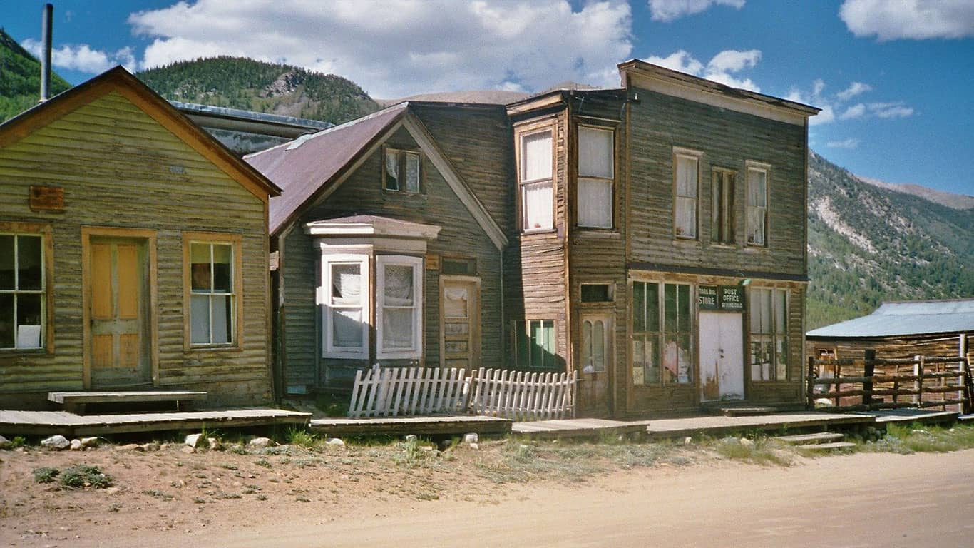 Ghost towns 5 for sale right now and 5 that already sold for St elmo colorado cabins