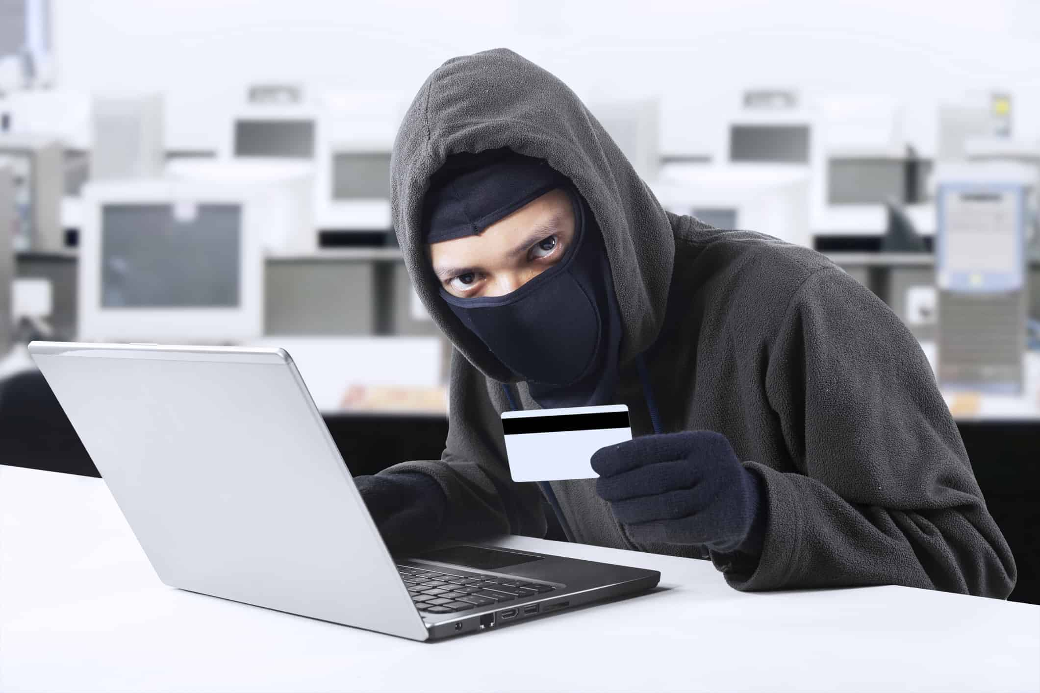 what do identity thieves look for