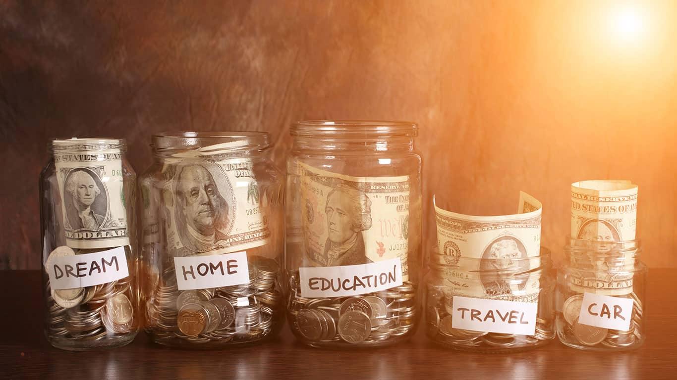 Money in jars. Instagram effect