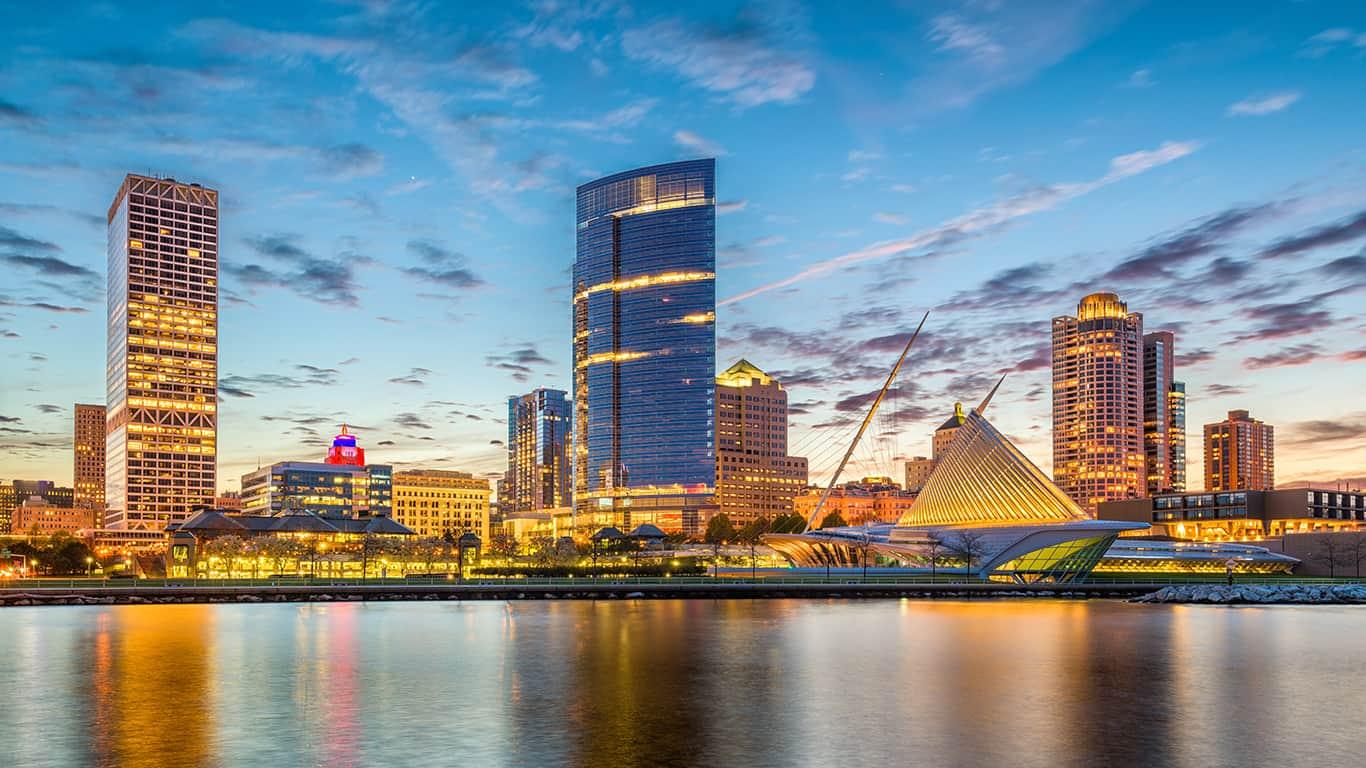 Milwaukee, Wisconsin, USA downtown city skyline on Lake Michigan at twilight