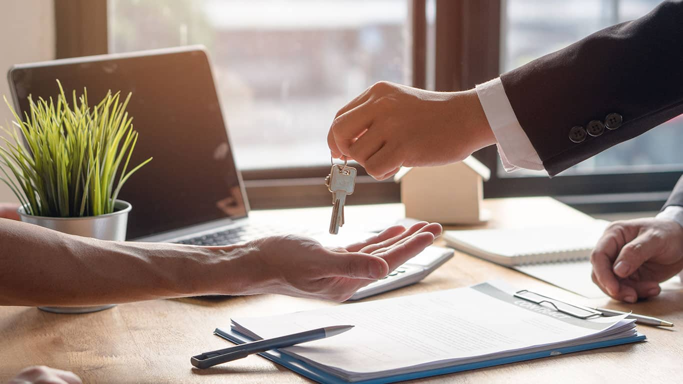 8 Big Renting Myths Landlords and Tenants Believe