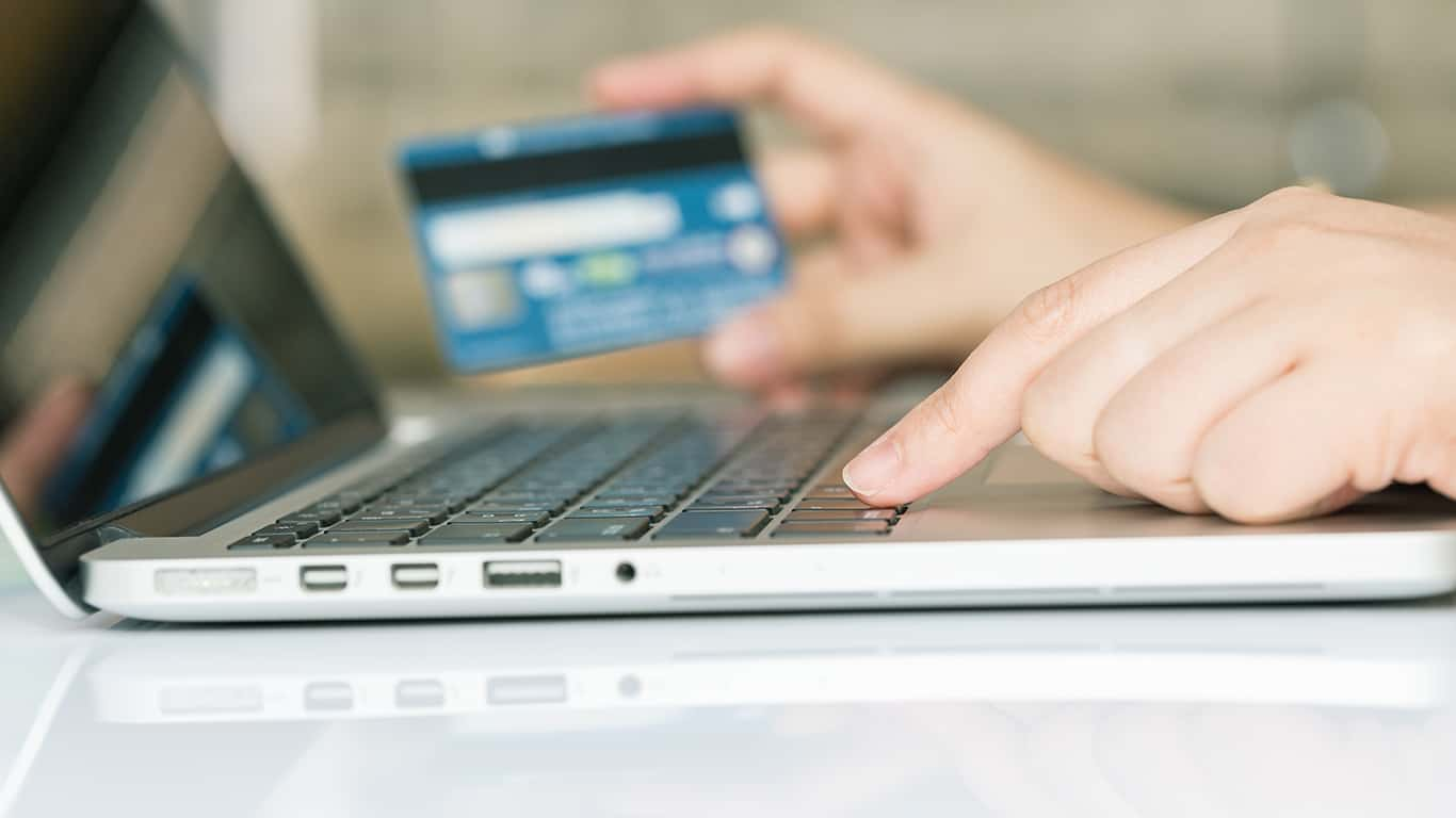 5 Weird Ways You can Use Your Credit Card