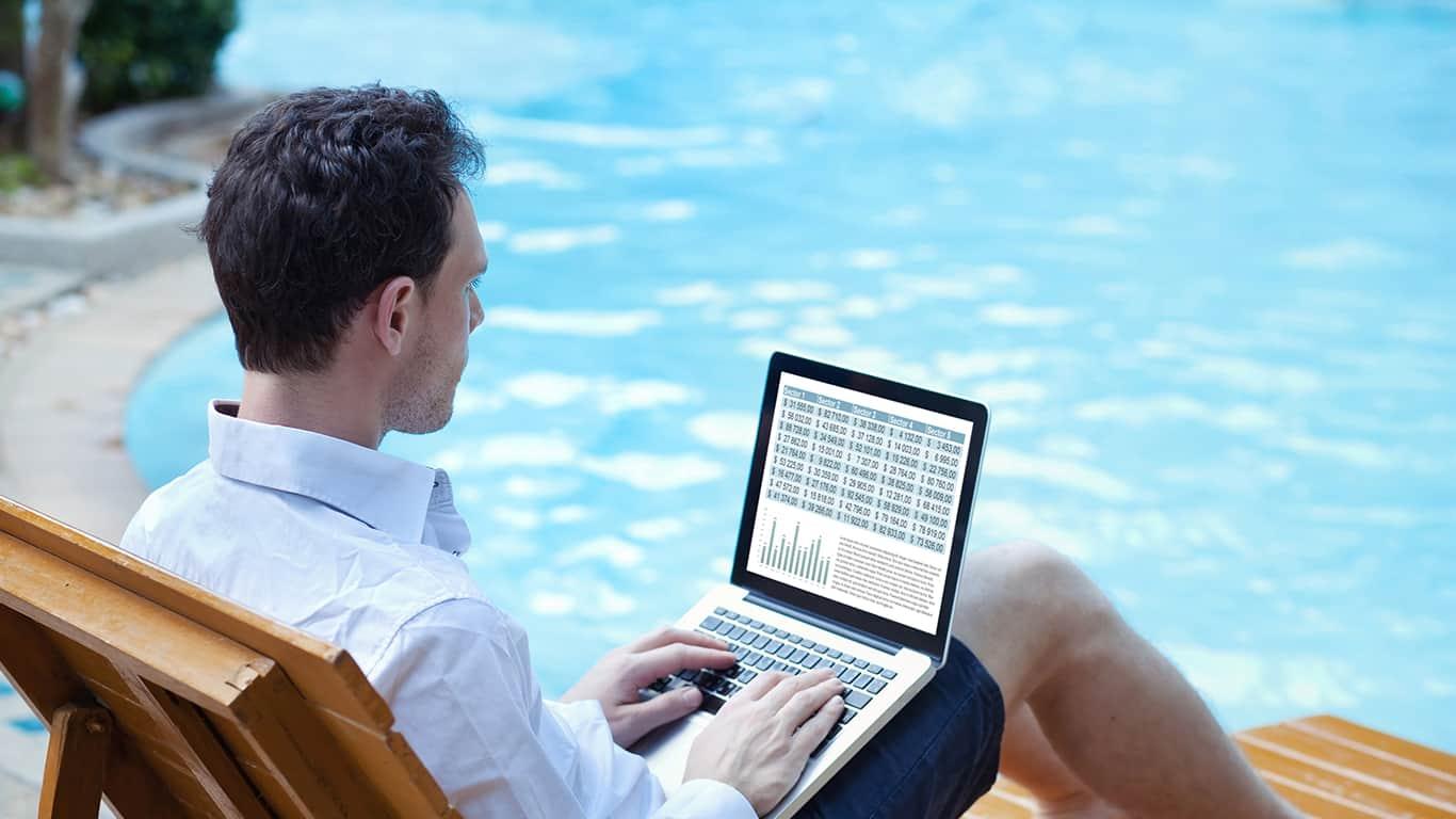 9 Personal Finance Hacks for Digital Nomads