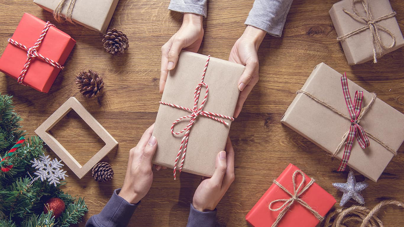 How to Handle Holiday Gift Giving While Paying Down Debt