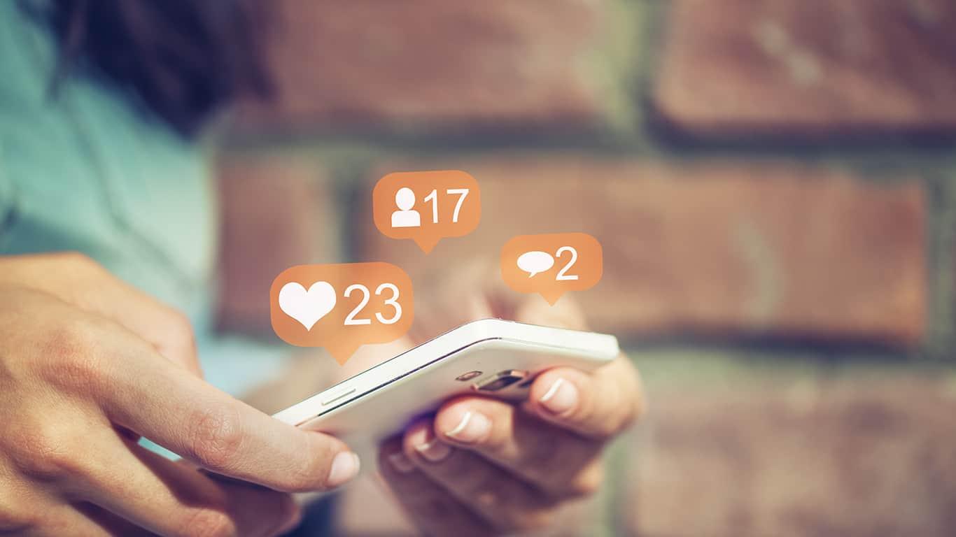 Works social media like a pro