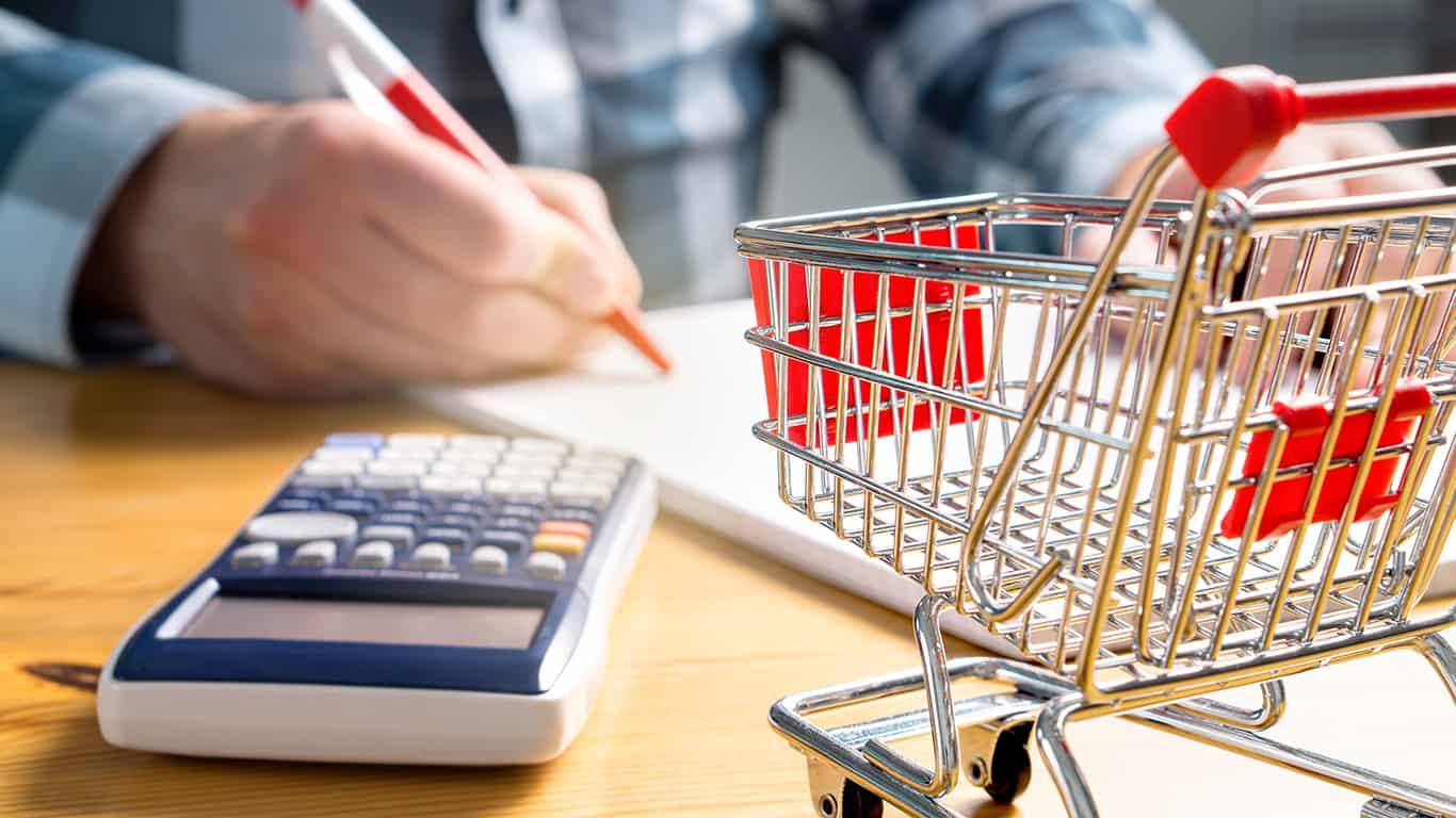 9 Ways to Save Money on Groceries During the Coronavirus Crisis