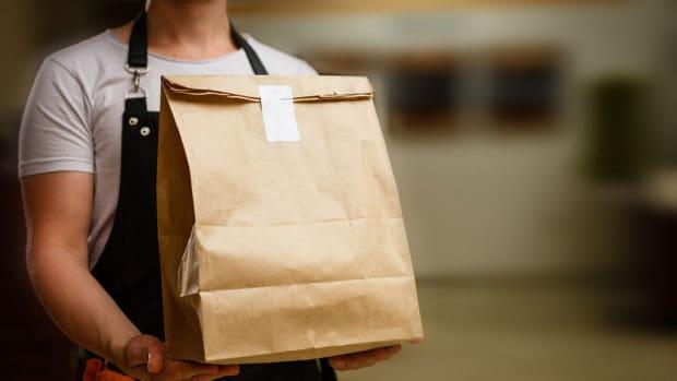 8 Ways to Save on Restaurant Food Delivery compras de comida a domicilio