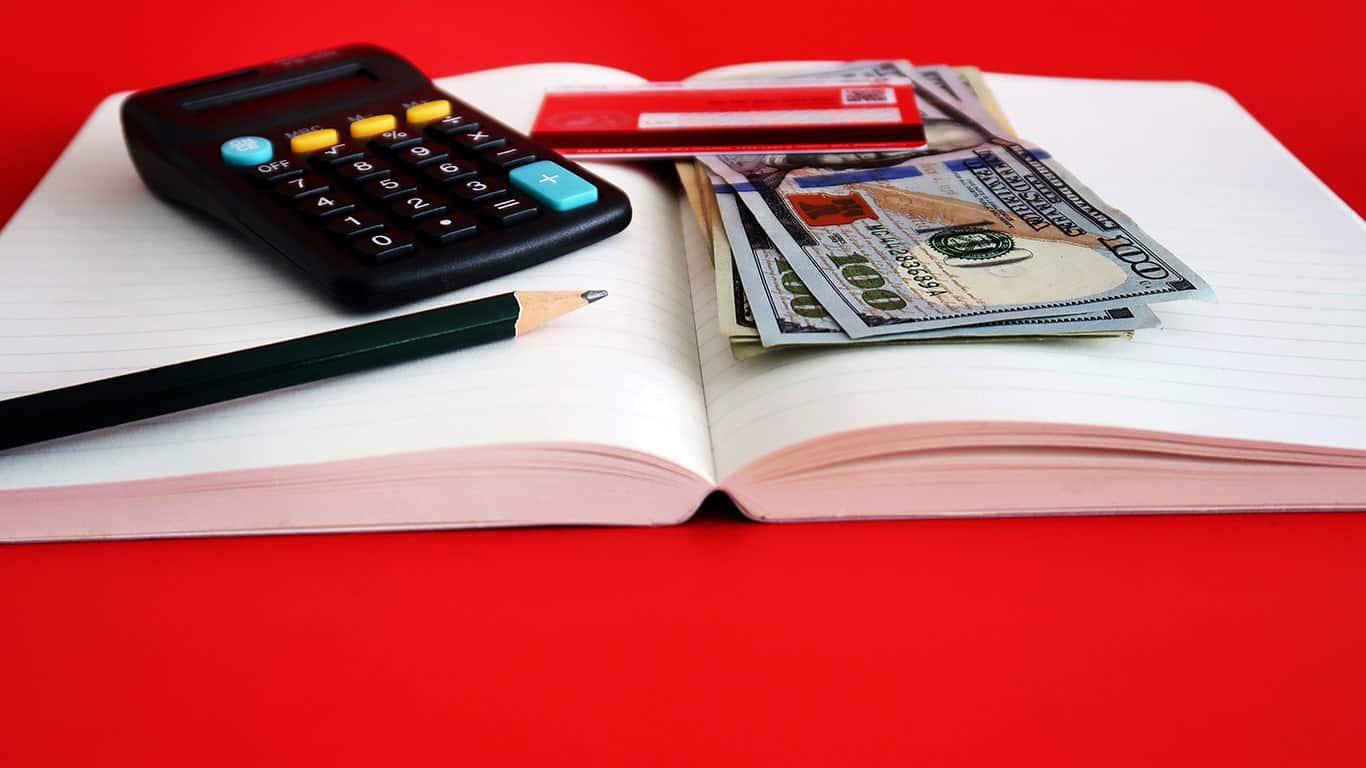 Not having a debt payoff plan
