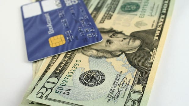 8 Things to Know About Credit Card Cash Advances