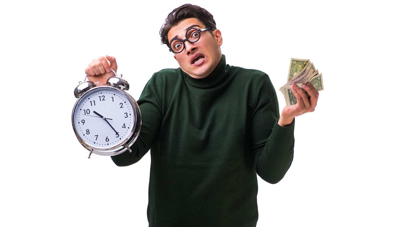 Paying money back late
