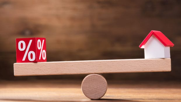When Should You Lock in a Mortgage Rate?