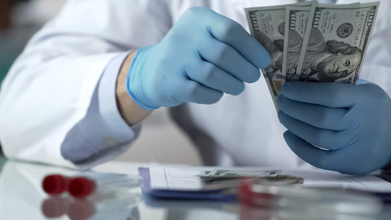 Medicare will pay all my healthcare expenses