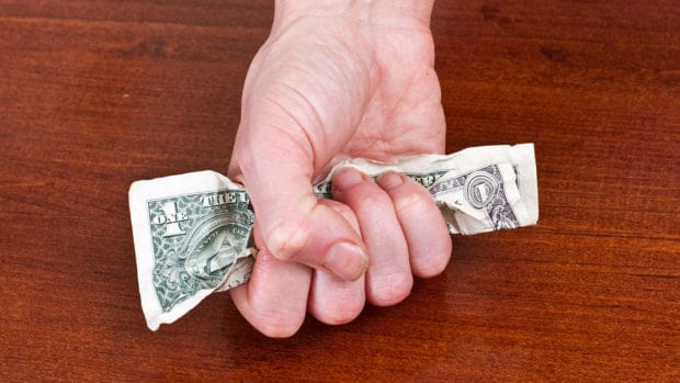 5 Signs You Could Be Involved with a Financial Abuser