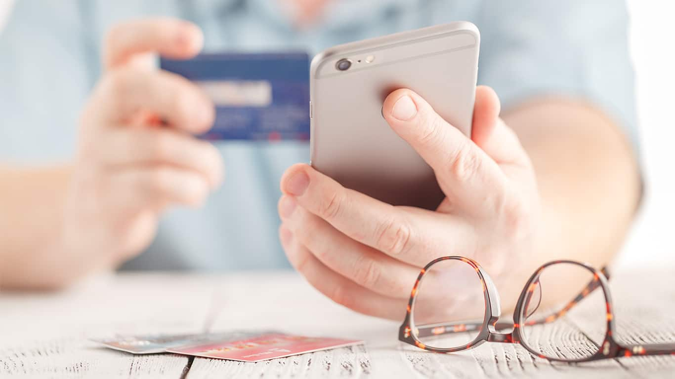 Don't fall for debit and direct deposit card scams