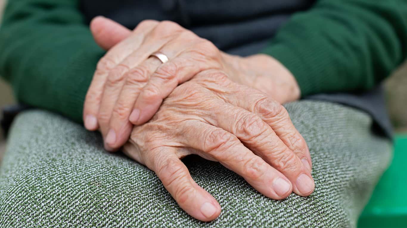 More women outlive a spouse