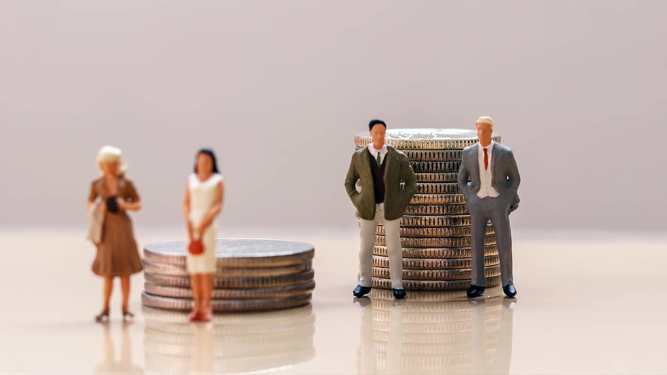 Women's lifetime earnings less than men
