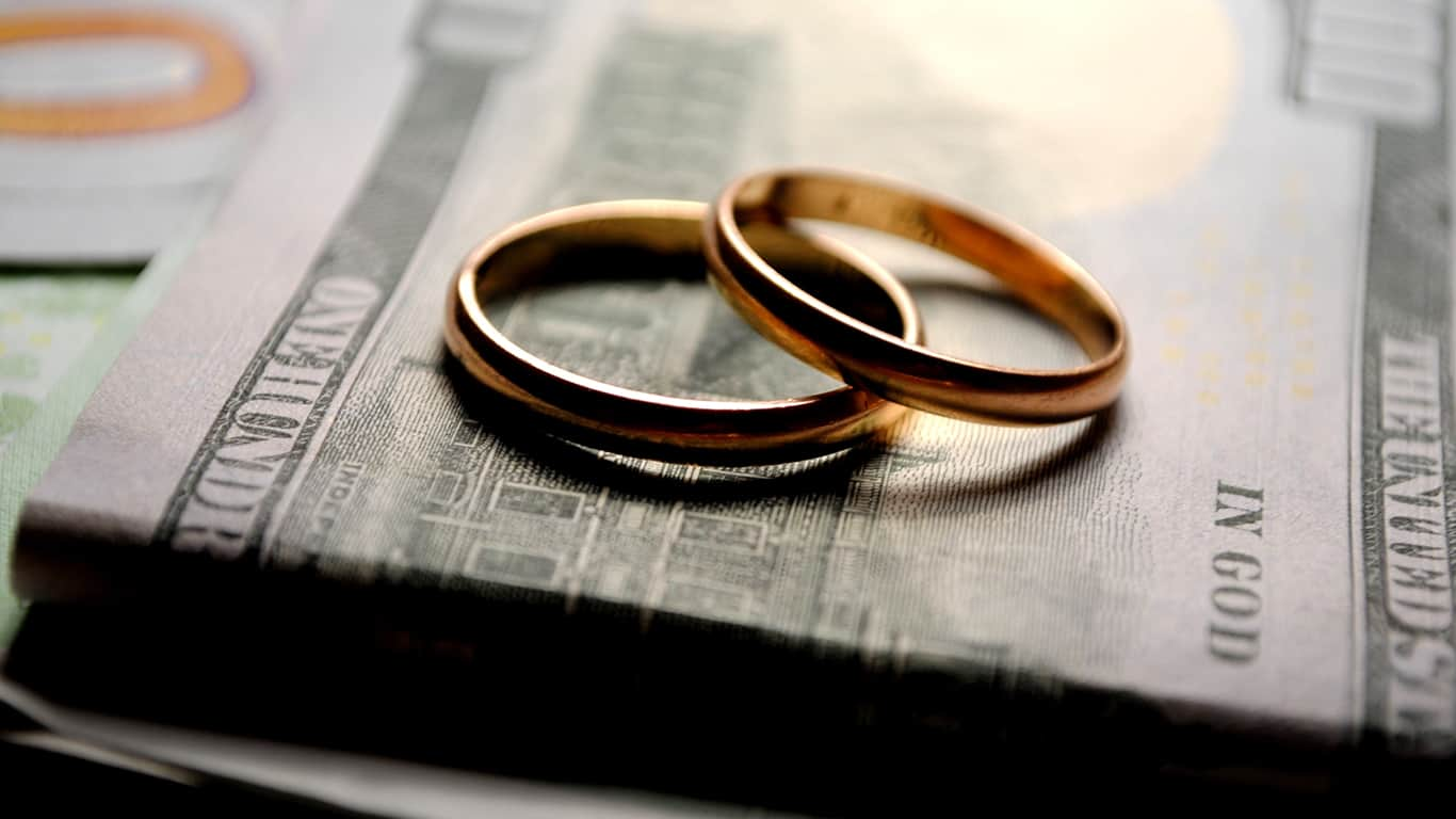 Divorce is a challenge to saving for retirement