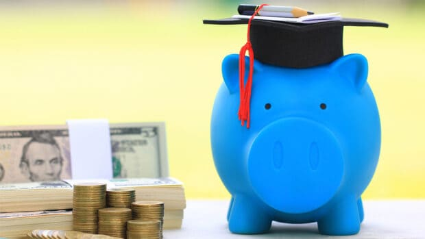 6 Signs You Need to Improve Your Financial Literacy