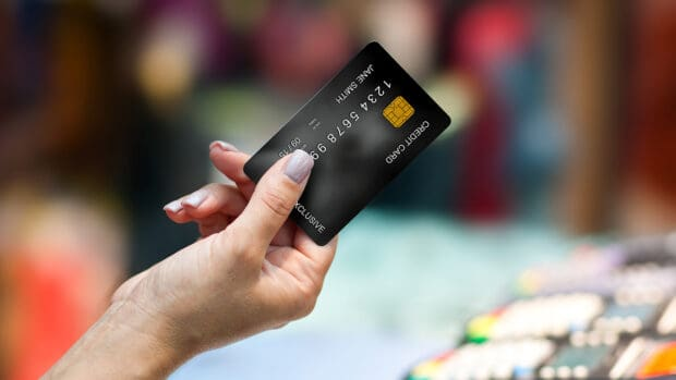 5 Ways Maxing Out Credit Cards Can Hurt Your Credit
