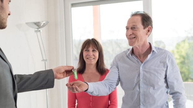 4 Signs You're Not Cut Out for Downsizing to a Condo in Retirement retiro